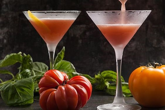 3 Simple Vodka Martini Recipes that will Make a Splash this Summer