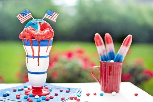 3 Must Have Red, White, & Blue Cocktail Recipes This Fourth of July