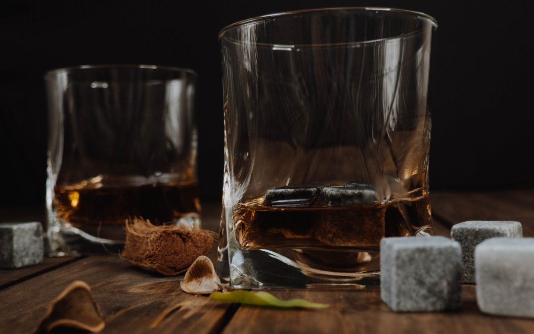 9 Healthy Reasons You Should Be Drinking Bourbon